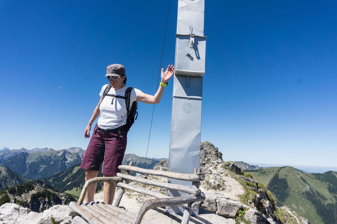 Claudia am Gipfel